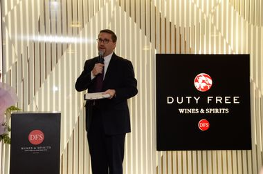 Welcome Speech - Tim Delessio, President, Store Operations (DFS)