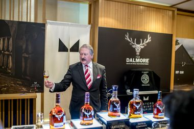 Richard Paterson walked VIP guests through an exclusive tasting of some of The Dalmore's finest drams.